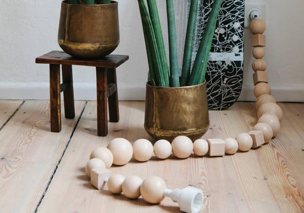 comment cacher des fils lectriques tunisienne. Black Bedroom Furniture Sets. Home Design Ideas