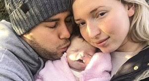 SUBHANALLAH...!! Bayi yang Sudah Meninggal 16 Hari Ini Diajak Jalan-jalan oleh Orangtuanya, Alasannya Sungguh Menyentuh!