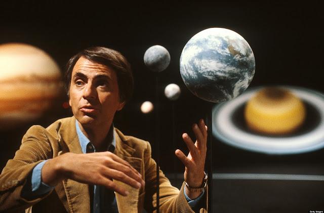 Cómo descubrir a un mentiroso, según Carl Sagan