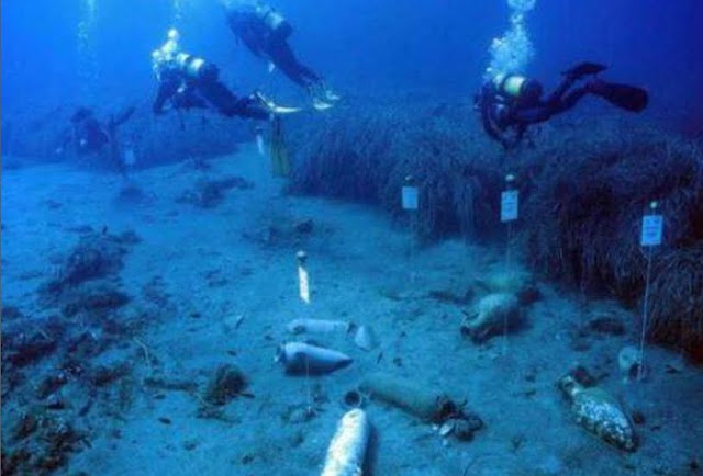 Ancient Greece: Greek objects found in the wreck of the 7th century BC in Gela, Sicily