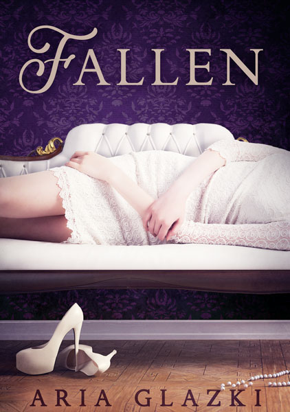 Book cover of Fallen by Aria Glazki