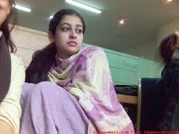 whatsapp girls mobile numbers: Badiyah - Pakistani Karachi