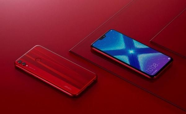 هونور توفر هاتف Honor 8X باللون الأحمر