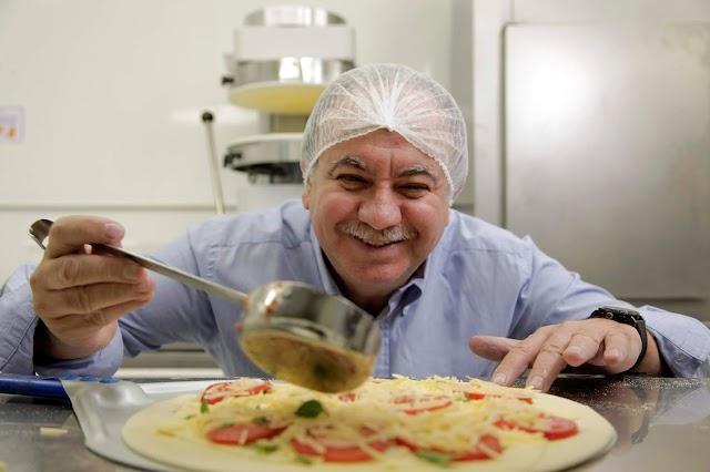 Delivery movimenta R$10 bilhões por ano e franquias faturam alto entregando em casa de pizza até comida mineira