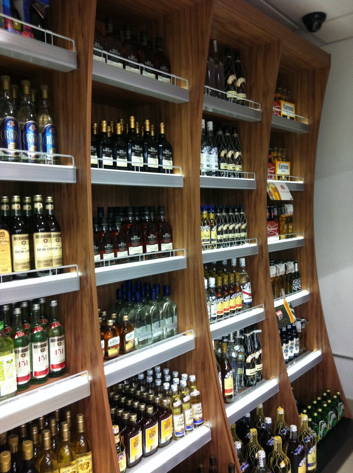 Exhibidor de licores - Estanterias de vino ...