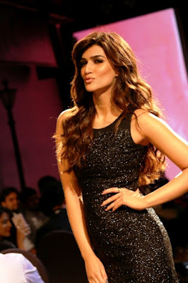 i-love-to-dress-up-kriti-sanon