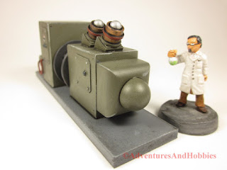 T2313 industrial equipment scenery for 25-28mm miniature games - right end view.