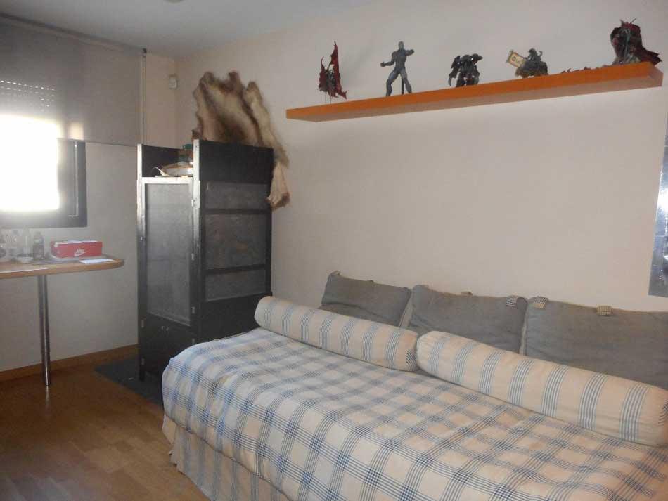 chalet adosado en venta castellon calle antonio prades safont dormitorio