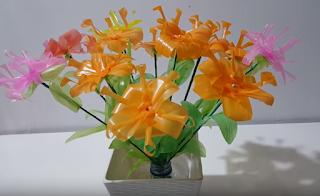 membuat hiasan bunga sederhana