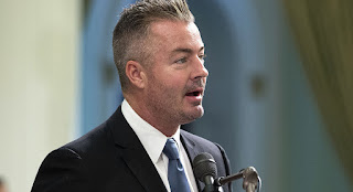 http://www.votingmirror.com/uncategorized/breitbart-boosts-travis-allen-on-facebook/