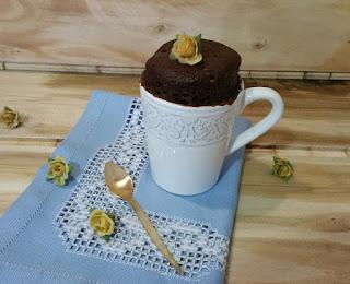 MUG CAKE DE CACAO Y VAINILLA