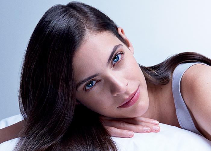 mich le in wonderland nioxin propose le premier soin de nuit pour cheveux fins et clairsem s. Black Bedroom Furniture Sets. Home Design Ideas