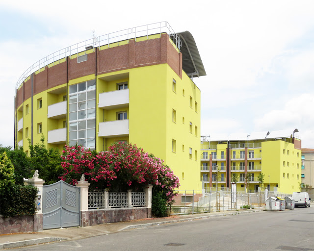 New (yellow) buildings in Via Stenone, Livorno