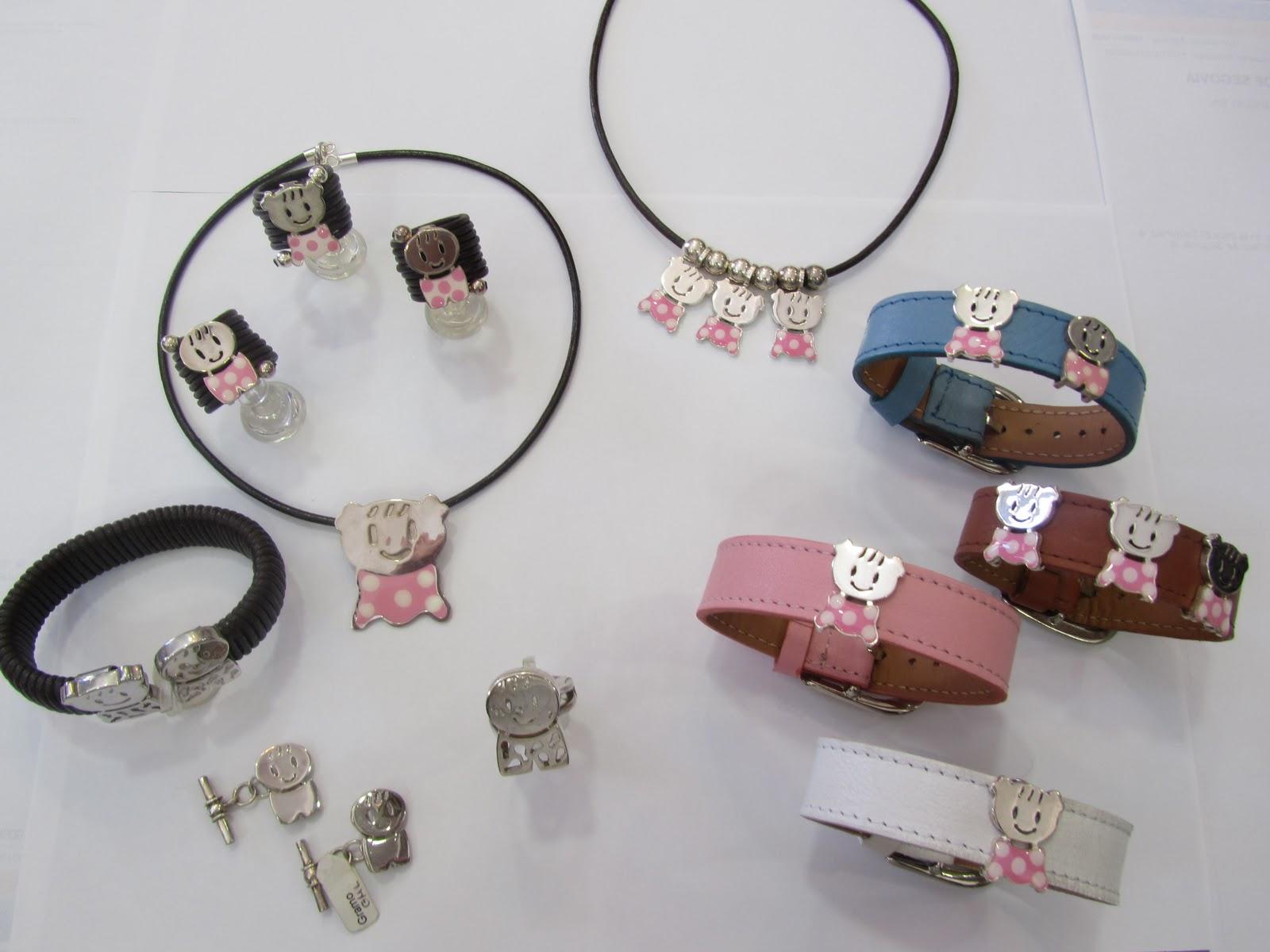433db796355d Ceolas  Hoy os presentamos nuestra colección de niñ s en colgantes ...