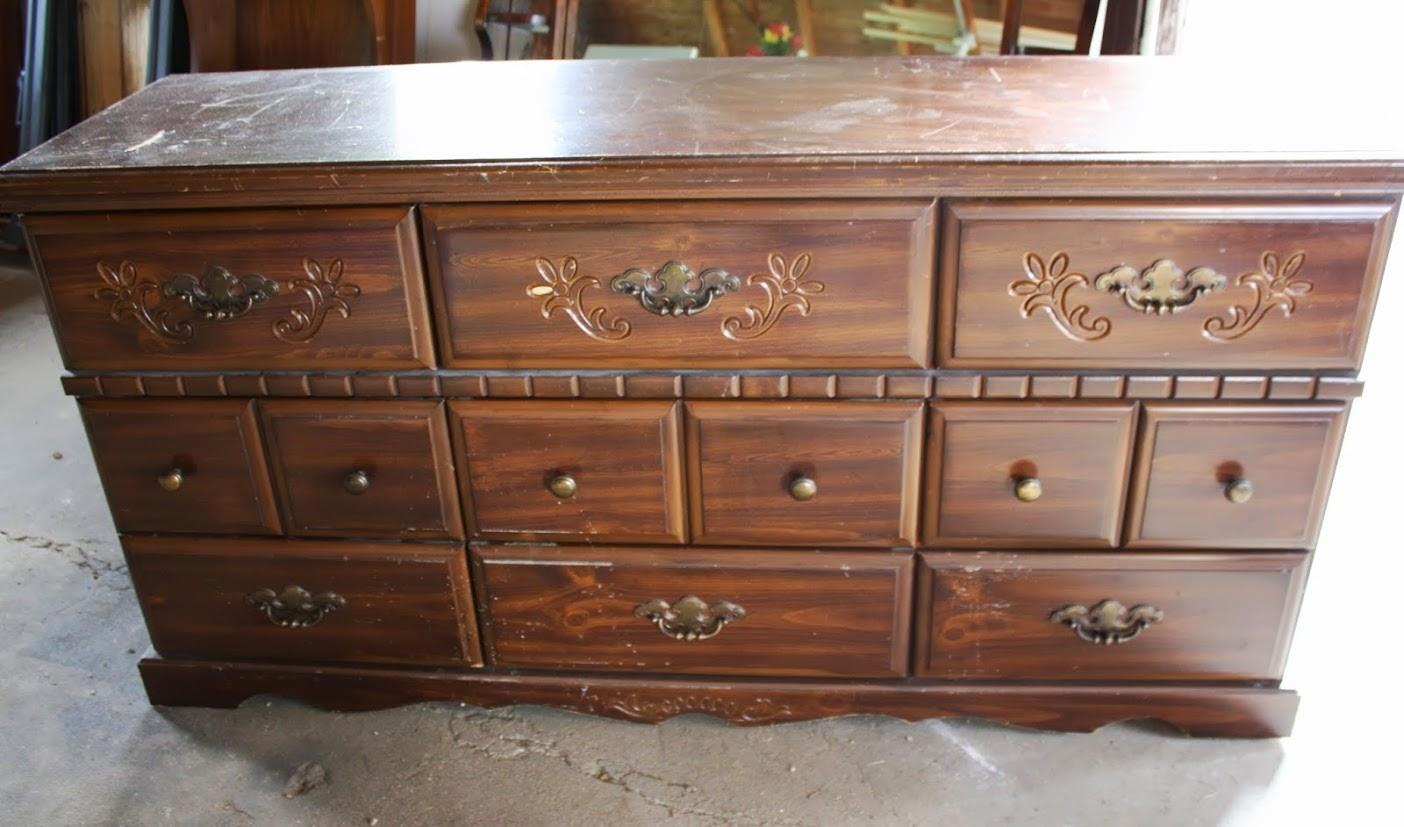 Antique dresser dating