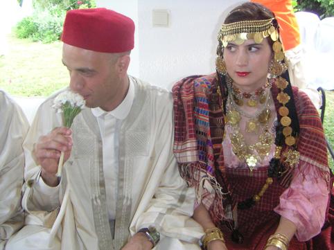 granelli di sabbia: Regole e doveri in un matrimonio islamico