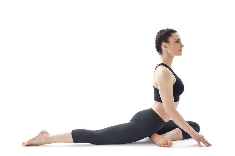 El dolor en la parte inferior de la espalda al doblamiento