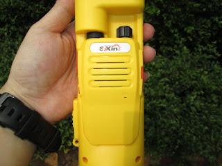 Elektronik Serba Guna Soxin QM829 (Lampu Emergensi, Senter, Walkie Talkie, FM Radio)