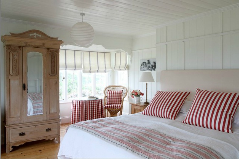 coastal cottage beach house guest room