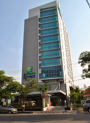 Foto Hotel Holiday Inn Express Semarang A Yani