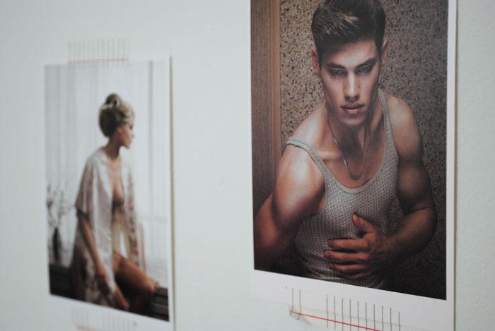 Kunstkaarten aan de muur met Washi Tape