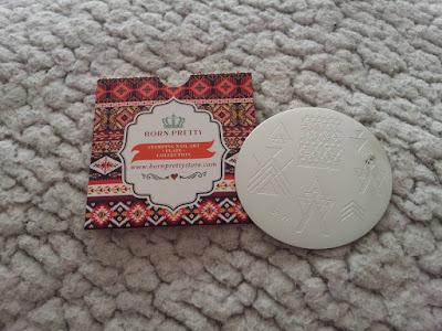 stamping-née-jolie-plaque-avis