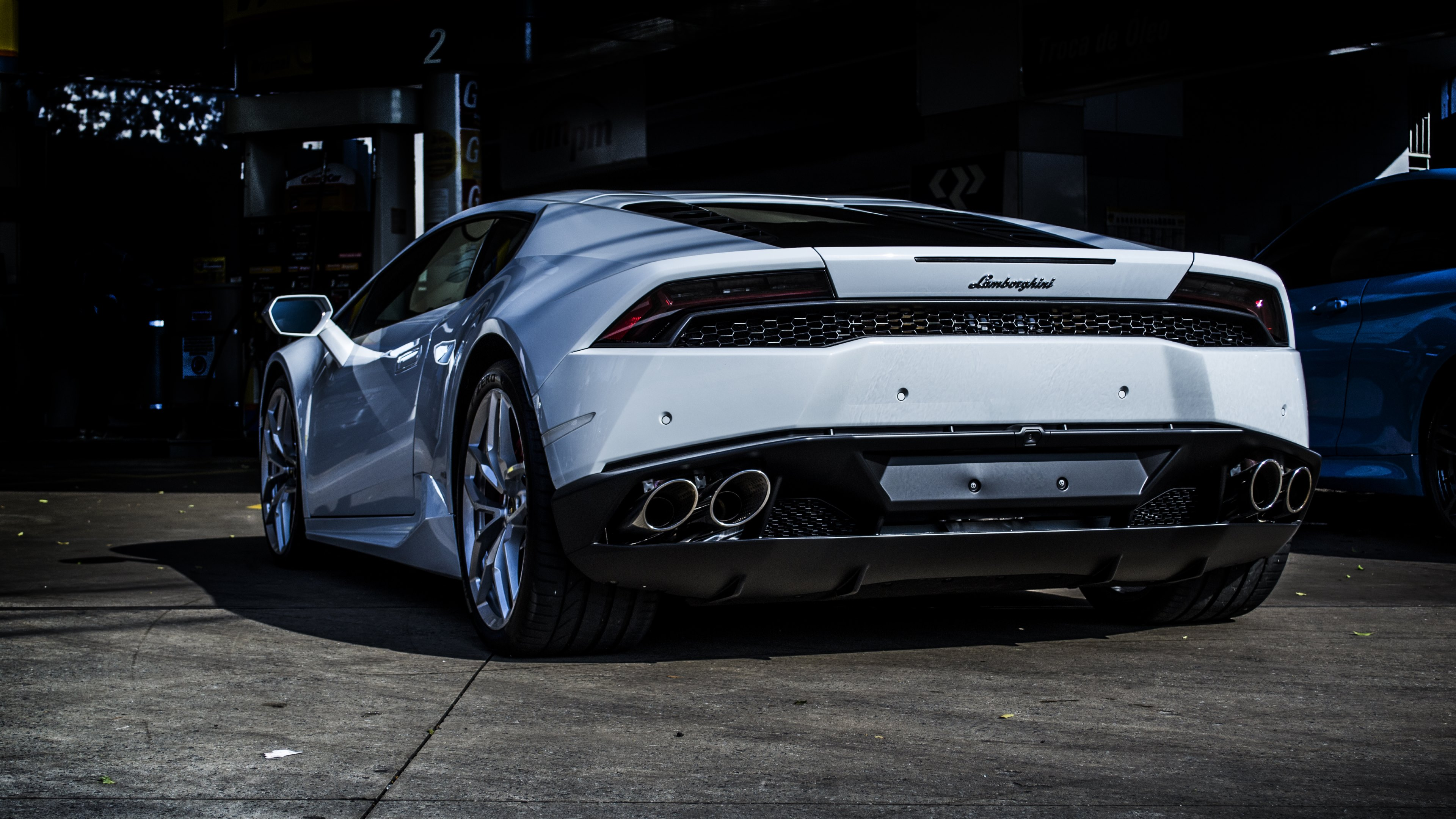 wallpaper lamborghini huracan rear view - Lamborghini Huracan Wallpaper