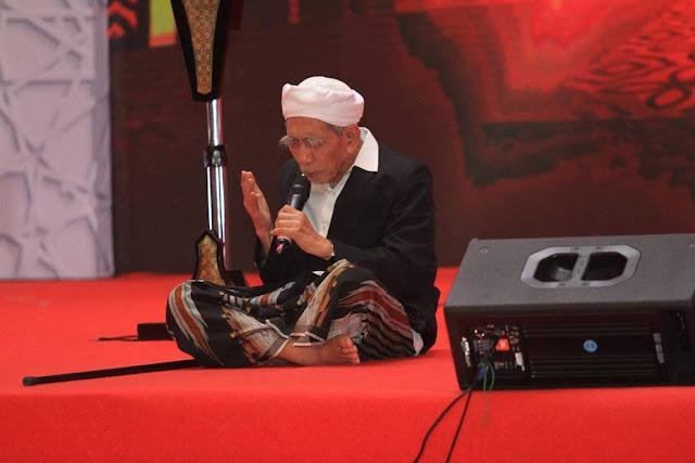 Inilah Doa KH Maimoen Zubair di Majelis Dzikir Hubbul Wathon