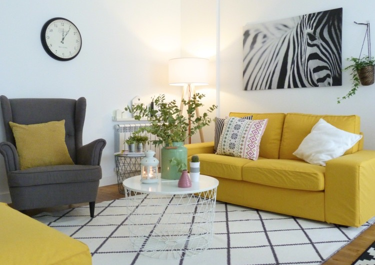 sofá kivik ikea con fundas amarillas de comfort works