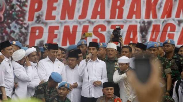 Skak Mat, Langkah Kuda Presiden Jokowi Memojokkan Raja Lawan