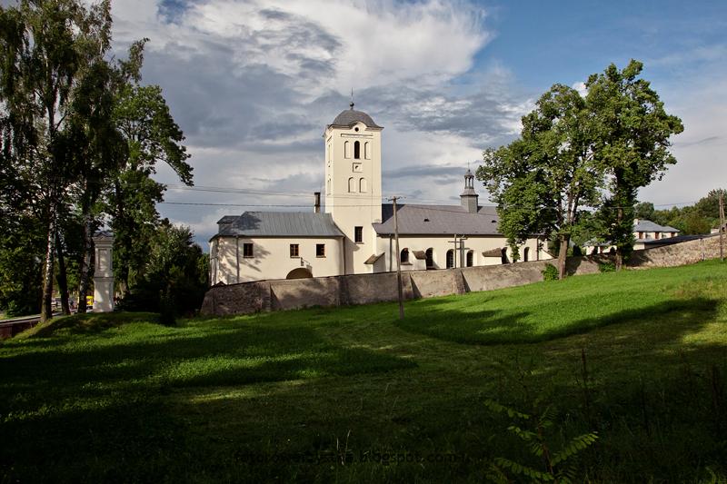 Święta Katarzyna, Łysica, kapliczka św. Franciszka, żródełko, świętokrzyskie, Świętokrzyski Park Narodowy