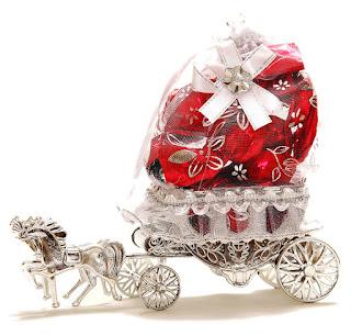 http://www.amazon.in/Skylofts-Beautiful-Decoration-Chocolate-chocolates/dp/B01KRPBNEO?_encoding=UTF8&camp=3638&creative=24630&creativeASIN=B01KRPBNEO&linkCode=as2&linkId=bedc8c7132dea7e120656747e8f51485&redirect=true&ref_=as_li_tl&tag=emnreff786-21