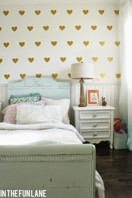 gold vinyl hearts girl room