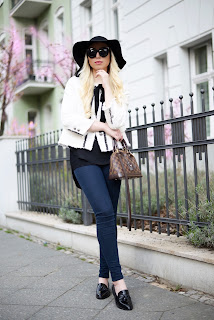 Elegant Streetstyle with Hat