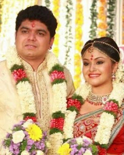 Shritha Sivadas Family Husband Son Daughter Father Mother Marriage Photos Biography Profile.
