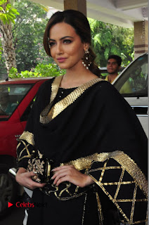 Bollywood Actress Sana Khan Launches Aakrithi Exibition  0145.JPG