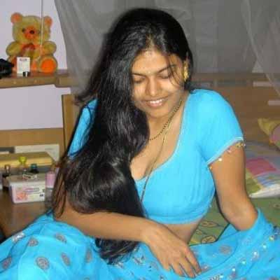 Mallu Aunties Hot Saree