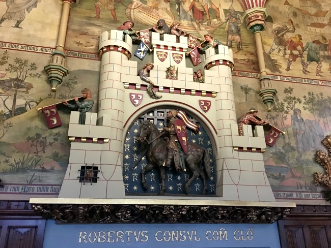 Cardiff-Castle-beautiful-decoration-above-the-firplace