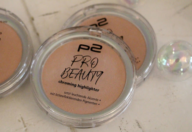 P2 Cosmetics Pro Beauty chroming highlighter