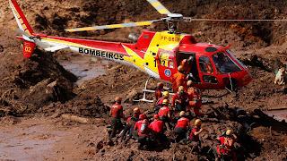Há ainda 276 pessoas desaparecidas, enquanto 192 foram resgatadas com vida e 390 localizadas (244 são da Vale). A Polícia Civil de Minas informou que 42 mortos já foram identificados.