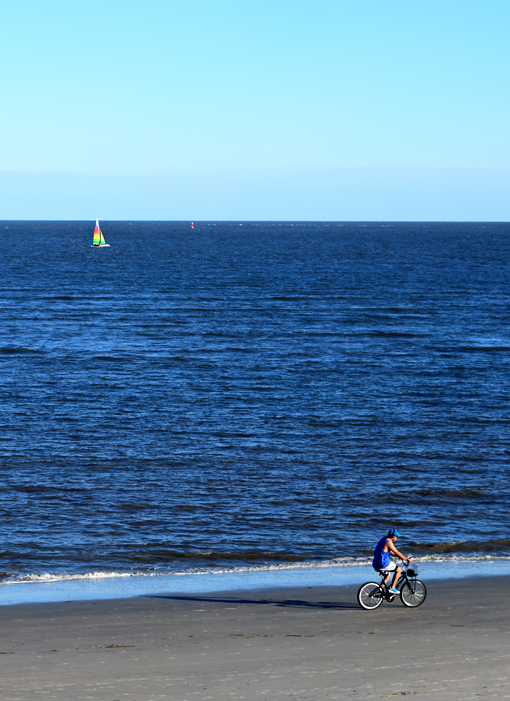Biking on St. Simons Island | Photo: Travis S. Taylor