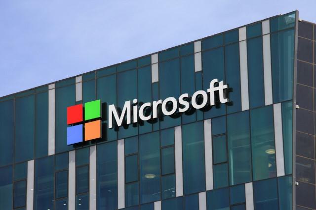 Outlook eliminará contenido considerado como terroristas
