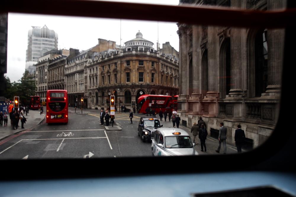 Voyage de 7 jours à Londres avec les lieux incontournables et insolites à voir pour un week-end. Idées de restaurants et d'activités à faire pendant son séjour. Blog mode homme voyage