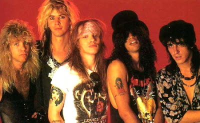 Foto de integrantes de Guns'Roses con pelo largo