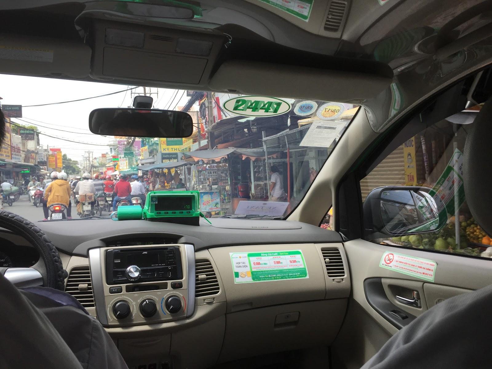 vietnam-taxi-mai-linh