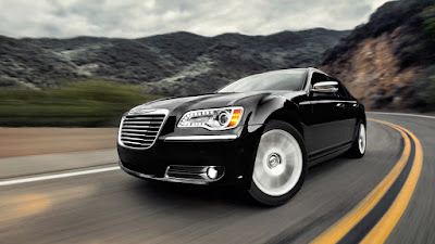 2016 Chrysler 300  side look hd wallpapers