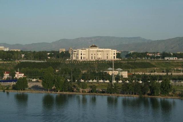 القصر الرئاسي في دوشنبه