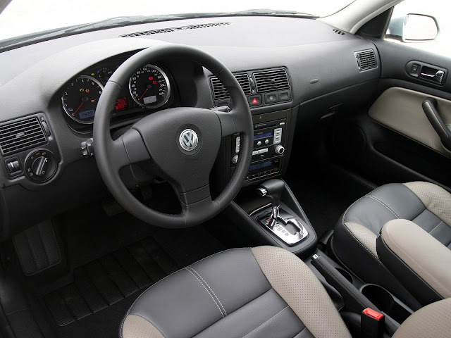 VW Golf 2008 Comfortline 2.0 Automático - interior