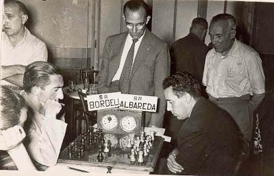 Partida Miquel Albareda - Román Bordell en el IV Torneo Nacional de Ajedrez de La Pobla de Lillet 1958