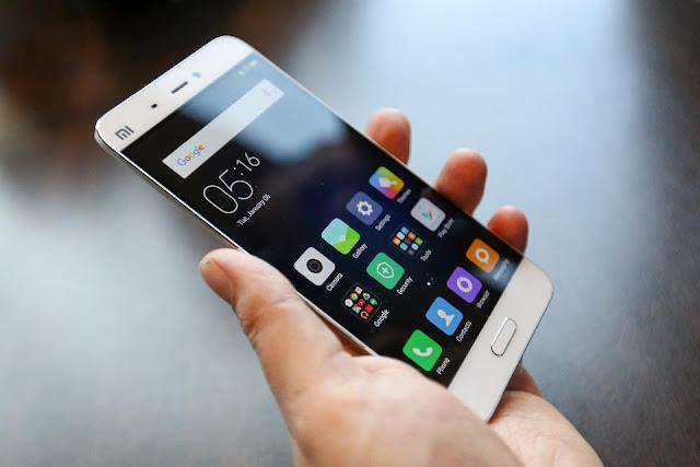 भारत में स्मार्टफोन की बिक्री 35 फीसदी बढ़ी